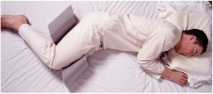 Side Sleeprrr Pillow to Decrease Snoring Person using side sleeprrr